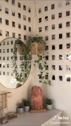 Indie Room Decor, Cute Bedroom Decor, Room Design Bedroom, Aesthetic Room Decor, Room Ideas Bedroom, Bedroom Inspo, Wall Decor, Room Ideias, Pinterest Room Decor