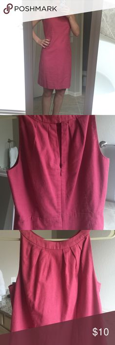 "Ann Taylor LOFT pink dress Shell: 52% linen 48% cotton. Lining: 100% cotton. I'm 5'5"" for length reference. LOFT Dresses"