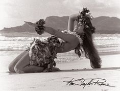 "Kim Taylor Reese ""Hula Noho"" 11 X 14 Double Matted Hawaiian Hula Print"