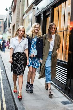 the outfit on the far right. Mode Style, Style Me, Autumn Winter Fashion, Spring Summer Fashion, Autumn Style, Ootd, Trends, Street Style Looks, Poses