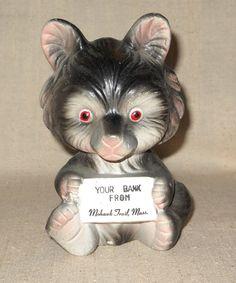 épinglé par ❃❀CM❁✿à partir de etsy. Tirelire en céramique Wolf Souvenir de la Massachusetts Mohawk Trail Made in Japan