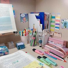 Study Room Decor, Study Rooms, Study Areas, Study Space, Study Table Organization, Office Organization At Work, Desk Inspiration, Desk Inspo, Study Table Designs