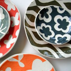 Dinnerware set by ceramicabotanica, via Flickr