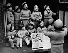 December Children from the Homeless Children's Aid Society, seen here rehearsing for their Christmas party - Robert Doisneau Robert Doisneau, Charity Christmas Cards, Christmas Carol, Vintage Photographs, Vintage Photos, Auryn, Henri Cartier Bresson, Photo Portrait, French Photographers