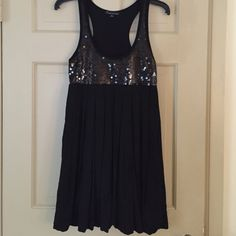 "Twentyone Black Sequin Dress NWOT Twentyone Black Sequin Balloon bottom Dress NWOT. 34""L  size Medium. No rips or sequins missing. Dresses"