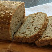 Gluten Free Bread Machine Setting For Those of Us With a Gluten Intolerance Types Of Bread, Gluten Intolerance, Cooking Recipes, Healthy Recipes, Recipe Images, Vegan Gluten Free, Paleo, Banana Bread, Robin