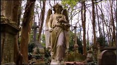 A walk around the West Cemetery of Highgate. Filmed in April and June and takes in most of the monuments restored/repaired under the restoration progra.
