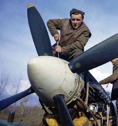 Ground crew servicing a Supermarine Spitfire WW2