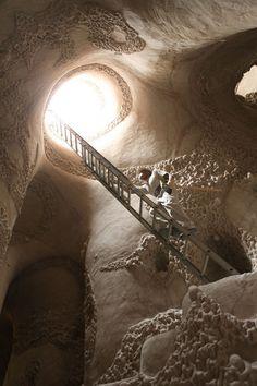 Ra Paulette Caves