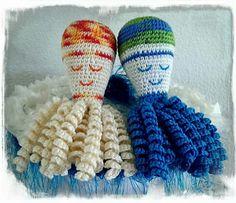 """Dit zijn de inktvisjes """" Milou """" en """" Jay """", gemaakt door Tineke Luurtsema."""