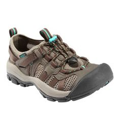 Keen McKenzie water shoes... for the next time I go hiking :P
