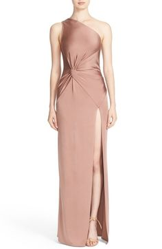 Looking for Cushnie et Ochs One-Shoulder Twist Gown ? Check out our picks for the Cushnie et Ochs One-Shoulder Twist Gown from the popular stores - all in one. Simple Dresses, Elegant Dresses, Pretty Dresses, Formal Dresses, Fall Dresses, Long Dresses, Prom Dresses, Traje Black Tie, One Shoulder Gown