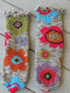 Worsted-weight socks worked flat with intarsia. Ravelry: Project Gallery for #15 Fall Blooms pattern by Mags Kandis by tracey