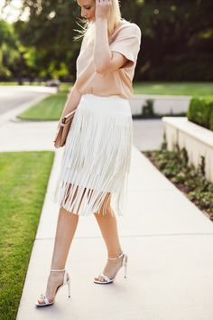 How to style a fringed white skirt in your spring outfit : MartaBarcelonaStyle's Blog