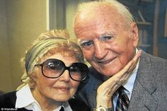 Ran across this on Yahoo news...a brother and sister from CA who were married for 75 years died a day apart at the age of 94 :) Such an example of what following Jehovah's advice can do for a marriage!