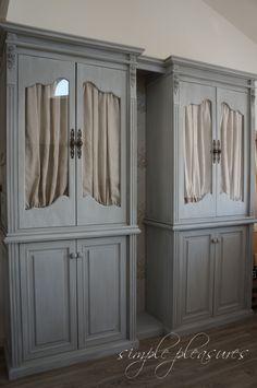 フレンチな 壁面収納 作り方 DIY | DIYでシャビーシックなインテリア&ガーデニング Diy Interior, Decor, Furniture, Home, Interior, Home Diy, Shelves, Wall Shelves, Home Decor