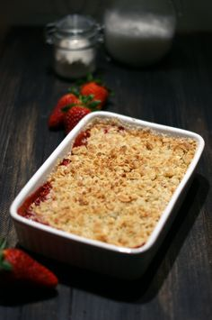 strawberry crumble