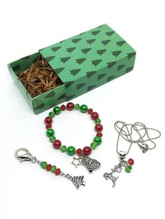 These adorable Christmas Jewelry are the perfect for a Advent Calendars Gift, Stocking Stuffets, Secret Santa Gift, Christmas Party, New Year Party, Holiday Party or just to please your guests with a wonderful gift at your Christmas party. Details: Size: Christmas Bracelets - 6,5