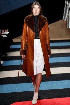 Sfilata Derek Lam New York - Collezioni Autunno Inverno 2016-17 - Vogue