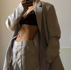 Suit Fashion, Look Fashion, Fashion Outfits, High Fashion, Modern Fashion, Mode Chic, Mode Style, Mode Ootd, Mode Streetwear