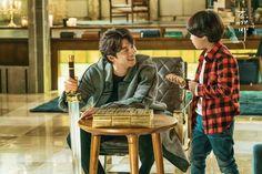 "tvN DRAMA on Twitter: ""내가 금이 많다고 해서 너에게 준다는 건 아냐 '3' #도깨비 #tvN #new #금토드라마 #매주금토 #저녁8시 #공유 #이동욱 #김고은 #유인나 #육성재 https://t.co/QLIvnoFhoX"""