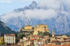 La vieille ville et la citadelle de Corte en Haute Corse