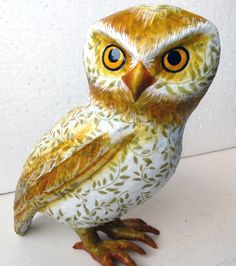 Paper sculpture. Owl (December 2015).