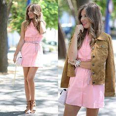 Helena C. - Camel & Pink