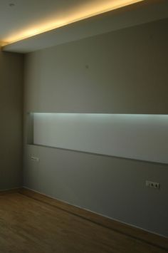 skirting board flush with the wall and led light google search lighting detail pinterest. Black Bedroom Furniture Sets. Home Design Ideas