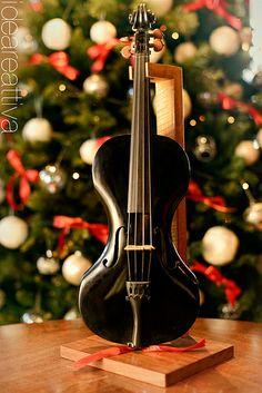 Violin Violin Instrument, Violin Music, Musica Celestial, Music Express, Piano, All About Music, Custom Guitars, Sound Of Music, Cello
