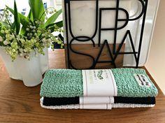 silverödlan.se - Ett nytt mönster på virkad disktrasa Free Crochet, Knit Crochet, Towel, Sewing, Knitting, Diy, Inspiration, Dishcloth, Crochet Tutorials
