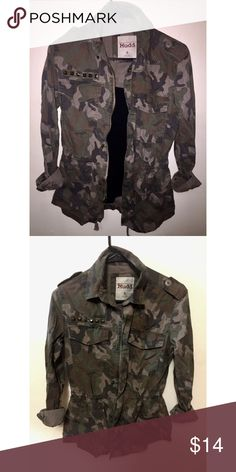 Mudd - Army Green Camo Jacket Fashionable think jacket. Looks good left open with some layers or buttoned up! Sleeves button and unbutton at the bottom making them easy to cuff. Size small. Mudd Jackets & Coats