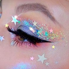 Makeup Eye Looks, Eye Makeup Art, Pretty Makeup, Beauty Makeup, Star Makeup, Glitter Makeup Looks, Rave Eye Makeup, Prom Makeup, Perfect Makeup