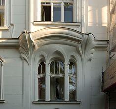 Art Nouveau window at Gebhardtgasse 13 in Wien-Döbling, Vienna, Austria