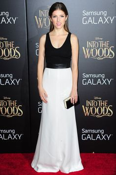 Anna Kendrick in a black & white Narciso Rodriguez gown