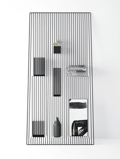 "Floating in mid-air: ""Field"" shelf by Dmitry Kozinenko - DETAIL-online.com - the portal for architecture"