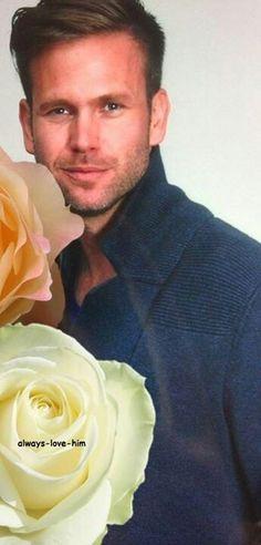 So handsome Matthew Davis, Handsome