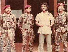 Sekilas Profil dan Biodata Prabowo Subianto Djojohadikusumo Old Pictures, Old Photos, Armed Forces, Dan, Army, Hero, History, Film, Sandwich Cake