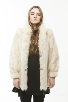 The fur is in INSANELY INSANE MINT Vintage Fur condition Beautifully Dyed White Mink Fox Fur Tuxedo Collar Trim Tuxedo Collar Coat is a TRUE small in true 60's early 70's fashion this garment is a tru