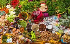 Viel Essen, Obst und Gemüse auf einem Markt