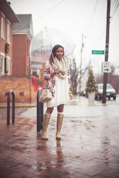 How to Wear Rain Boots: 19 Outfits for Puddle Jumping - Spring Outfits, Winter Outfits, Casual Outfits, Cute Outfits, Fashion Outfits, Outfits For Rain, Hunter Boots Outfit, Hunter Rain Boots, Rainy Day Fashion