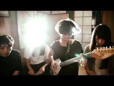 クウチュウ戦 - インドのタクシー (Official Music Video)