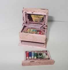 Dollhouse miniature vintage style sewing box scale 1/12 by Teruka, €12.00