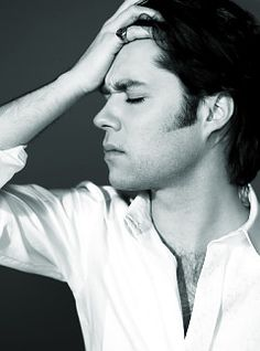 Rufus Wainwright can be my gay husband and we will sing show tunes all day long!