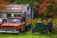 Country Living Decor, Old Vintage Cars, Antique Trucks, Hobby Photography, Thing 1, Decorative Signs, Cabin Design, Tin Signs, Art Pages