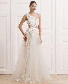 Lace-One-Shouldered-Wedding-Dress.jpg (620×757)