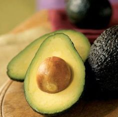 9 Benefits of Avocado // #health #nutrition