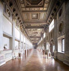 Mantua. Galería de la Mostra. Palacio Ducal