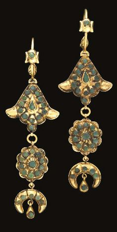 Pair of Moroccan Emerald Inset Gold Earrings | Fez | 19th century.