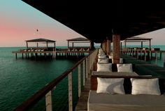 Gloria Resort, AntalyaGloria Resort  Njut av en golfresa till det stilfulla Gloria Resort. En komplett Resort med tre olika hotell, två egna 18 hålsbanor samt en 9 hålsbana. Resorten ligger inbäddat i ett stort grönskande område intill en provat strand. Här bor du med ett bekvämt All Inclusive konceptet. Nyfiken på att resa hit? kolla in Golf Joys hemsida  http://www.golfjoy.se/Turkiet_Gloria.htm